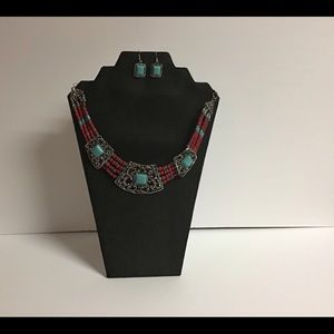 Fashion Jewelry necklace and earrings